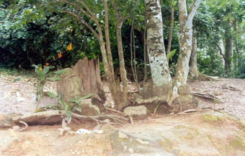 Àbíkú shrine in Òsun